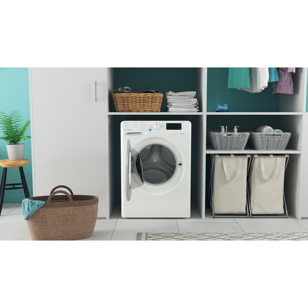Indesit Washing machine Free-standing BWE 101683X W UK N White Front loader D Lifestyle frontal open