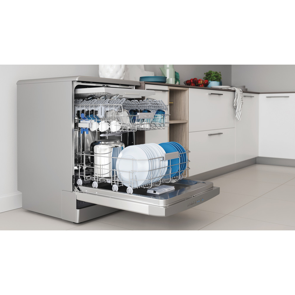 Indesit Máquina de lavar loiça Livre Instalação DFO 3T133 A F X Livre Instalação D Lifestyle perspective open