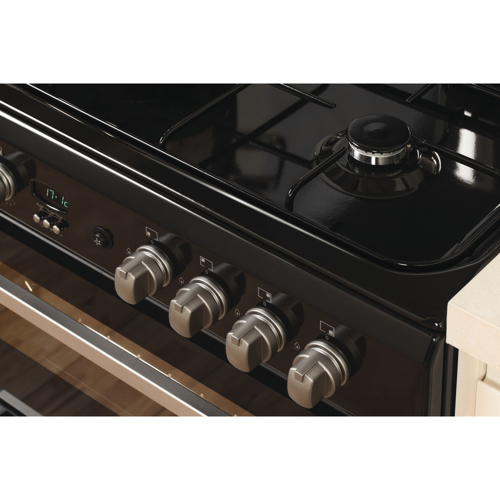 Indesit Double Cooker DD60G2CG(K)/UK Black A+ Enamelled Sheetmetal Lifestyle_Control_Panel