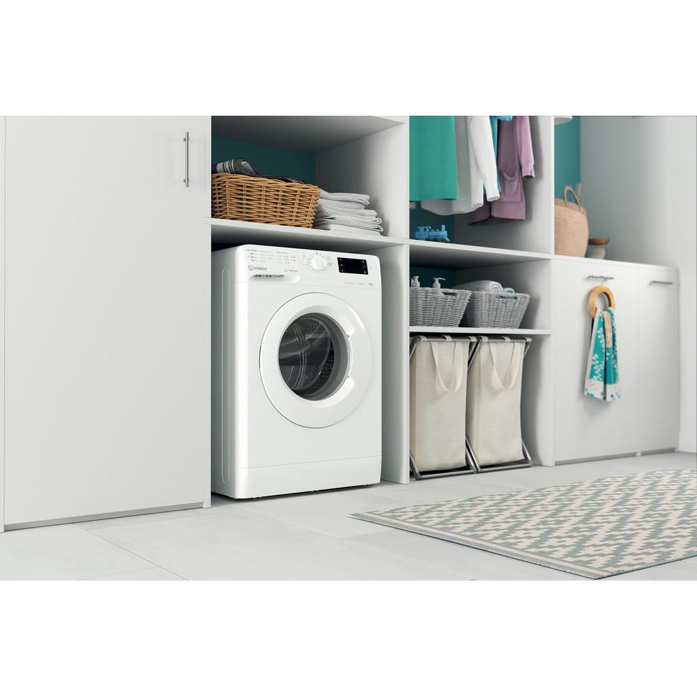 Indesit Vaskemaskine Fritstående MTWE 91483 W EU Hvid Frontbetjent D Lifestyle perspective