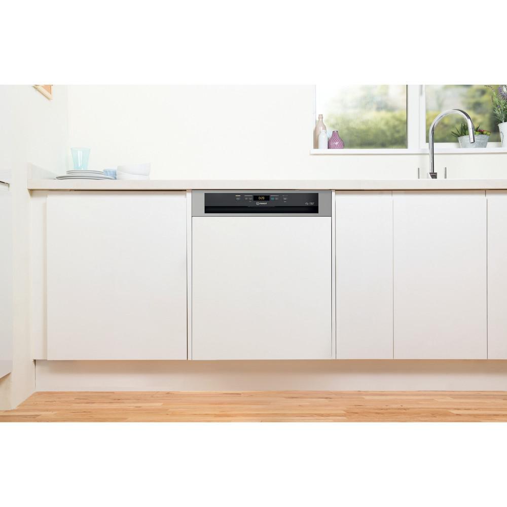 Indesit Lave-vaisselle Encastrable DBC 3C24 AC X Semi-intégré E Lifestyle frontal