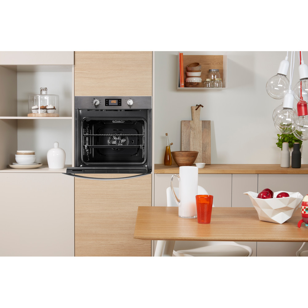Indesit OVEN Built-in IFW 3841 P IX UK Electric A+ Lifestyle frontal open