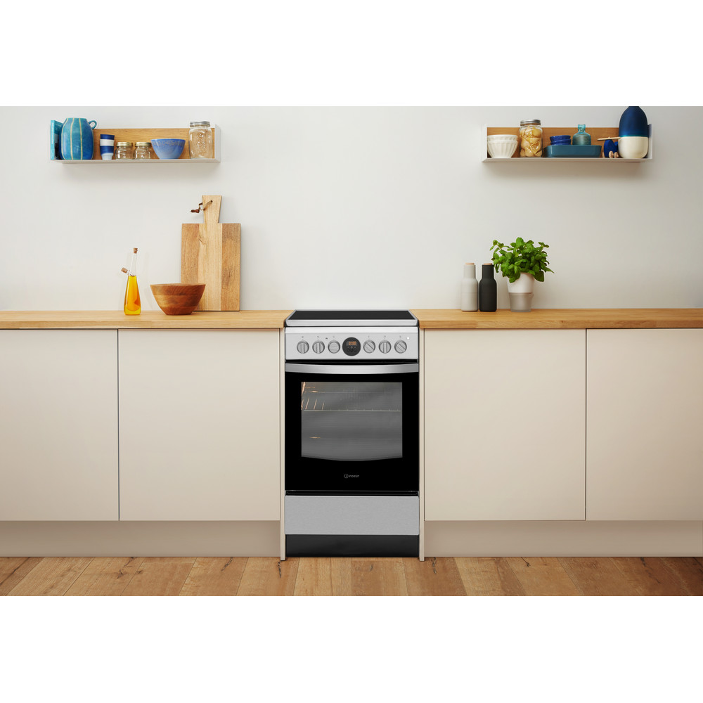 Indesit Tűzhely IS5V5CCX/EU Inox Electrical Lifestyle frontal