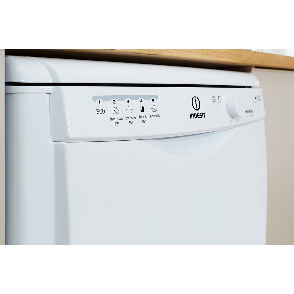 Indesit Umývačka riadu Voľne stojace DFG 15B10 EU Voľne stojace A Lifestyle control panel