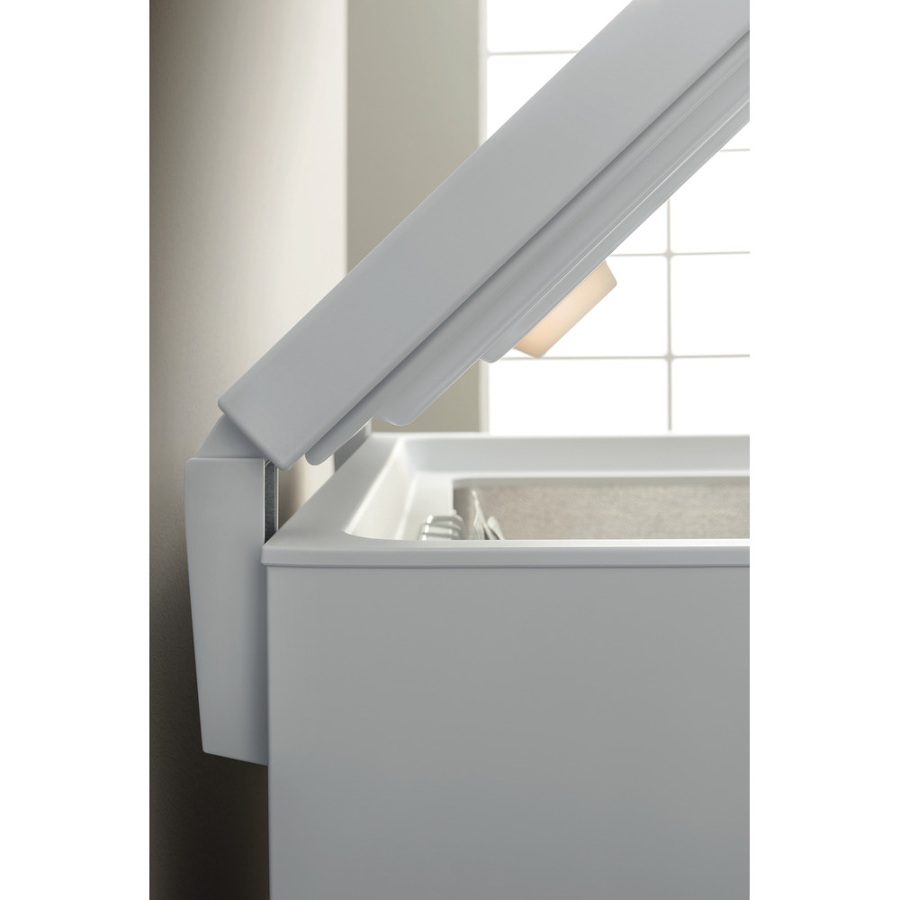 Indesit Congelador Livre Instalação OS 1A 450 H Branco Lifestyle detail