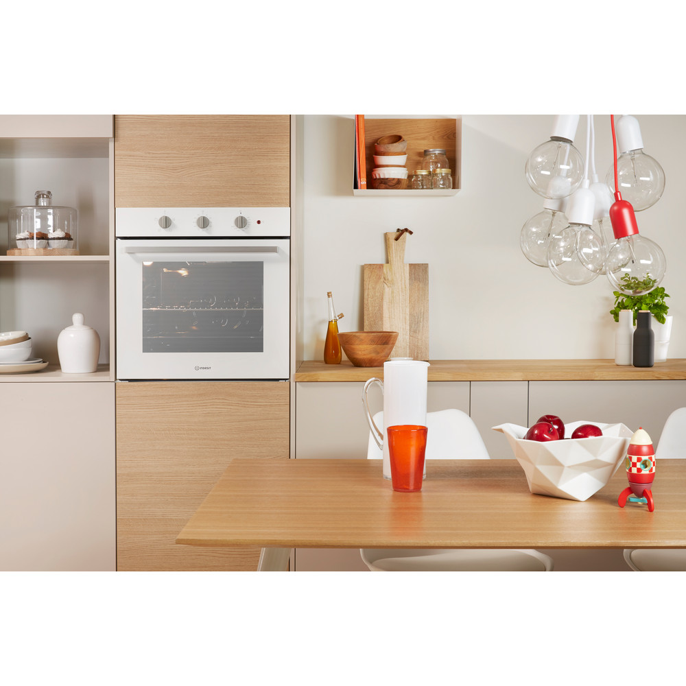 Indesit OVEN Built-in IFW 6230 WH UK Electric A Lifestyle_Frontal_Open