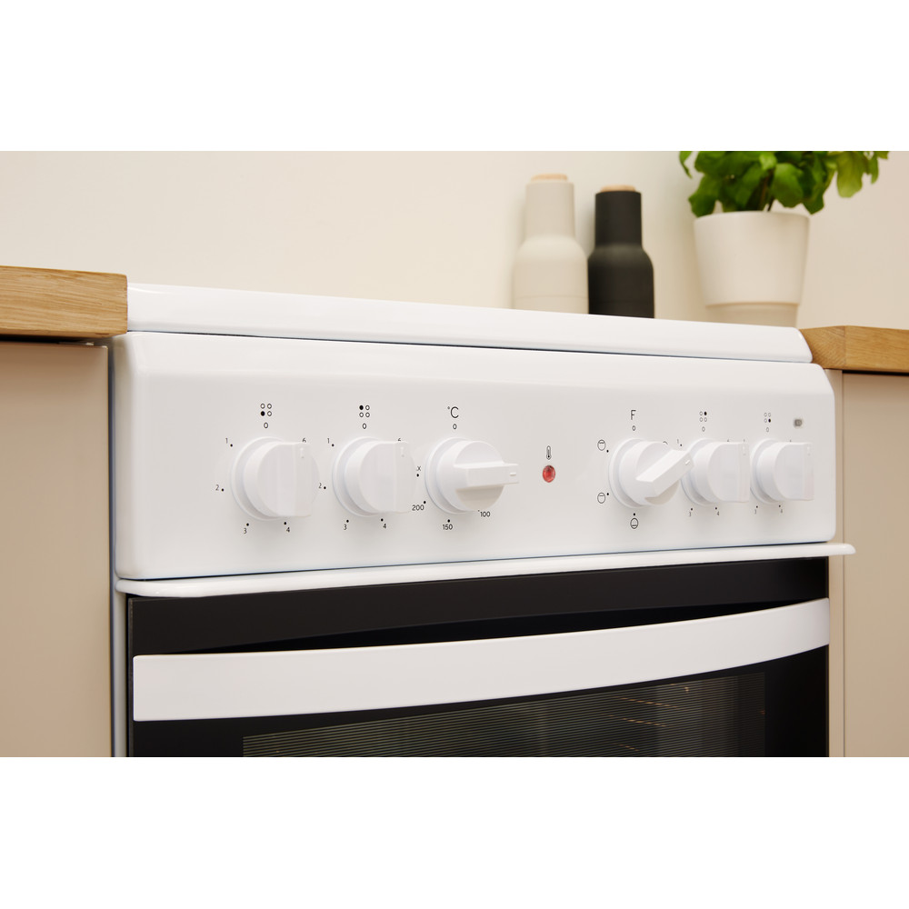 Indesit Cooker IS5V4KHW/UK White Electrical Lifestyle control panel
