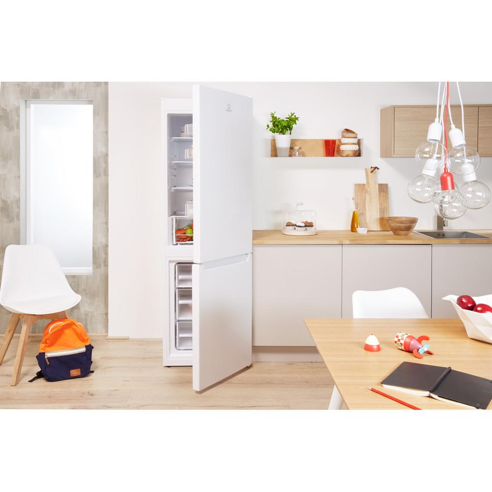 Indesit Réfrigérateur combiné Pose-libre LR8 S2 W B Blanc 2 portes Lifestyle frontal open