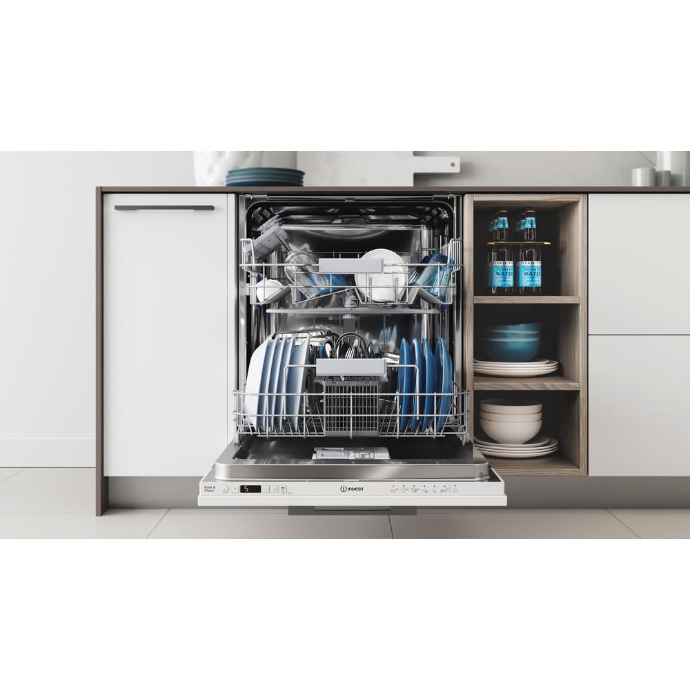 Indesit Mašina za pranje posuđa ugradbeni DIC 3B+16 A A scomparsa totale F Lifestyle frontal open