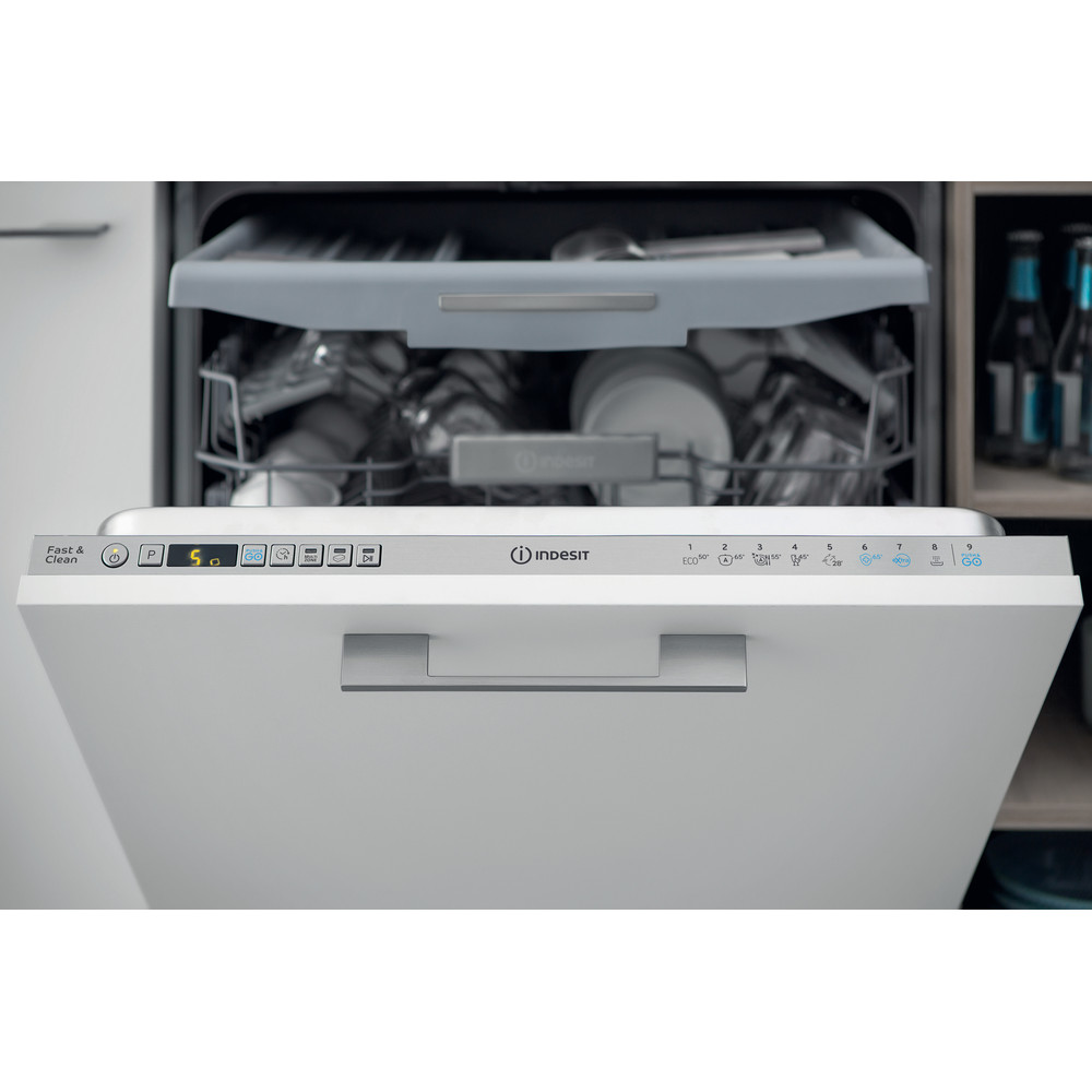 Indesit Myčka nádobí Vestavné DIO 3T131 A FE X Full-integrated D Lifestyle control panel
