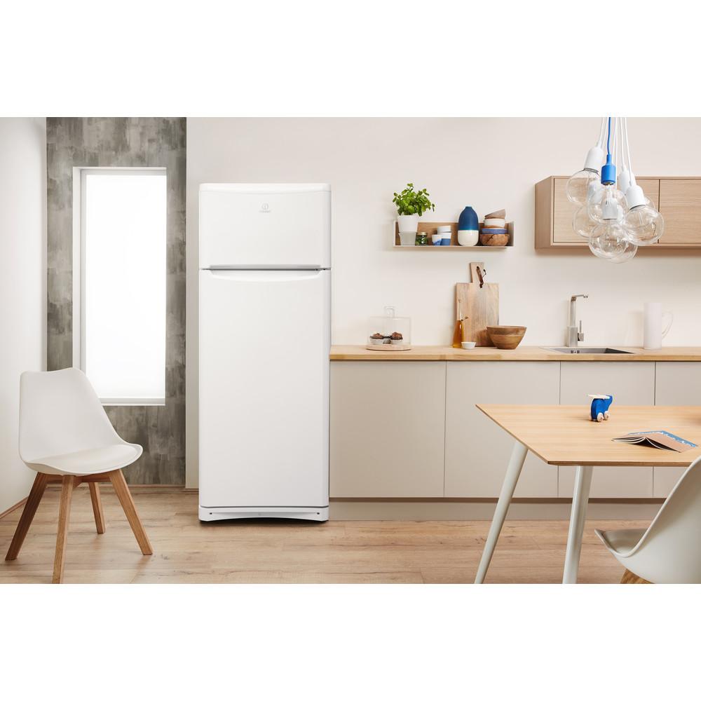 Indesit Hűtő/fagyasztó kombináció Szabadonálló TAA 5 1 Fehér 2 doors Lifestyle frontal