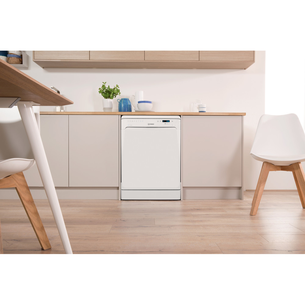 Indesit Dishwasher Free-standing DFP 58T96 Z UK Free-standing A Lifestyle frontal