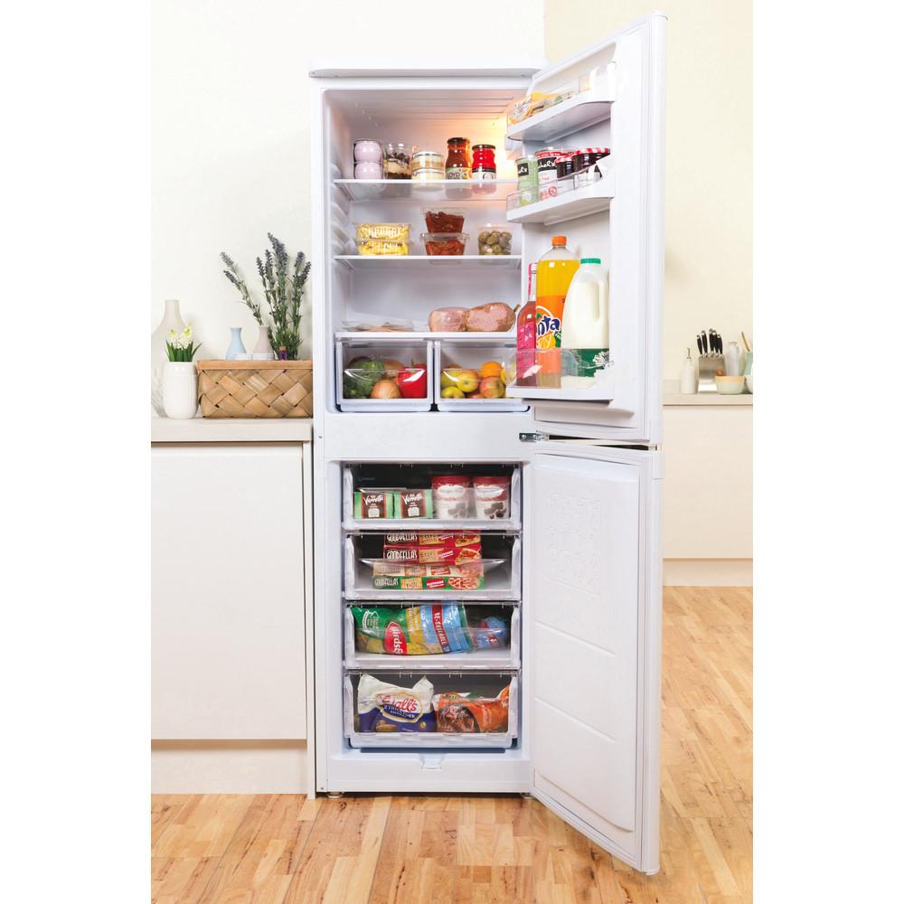 Indesit Комбиниран хладилник с камера Свободностоящи CAA 55 1 Бял 2 врати Lifestyle frontal open