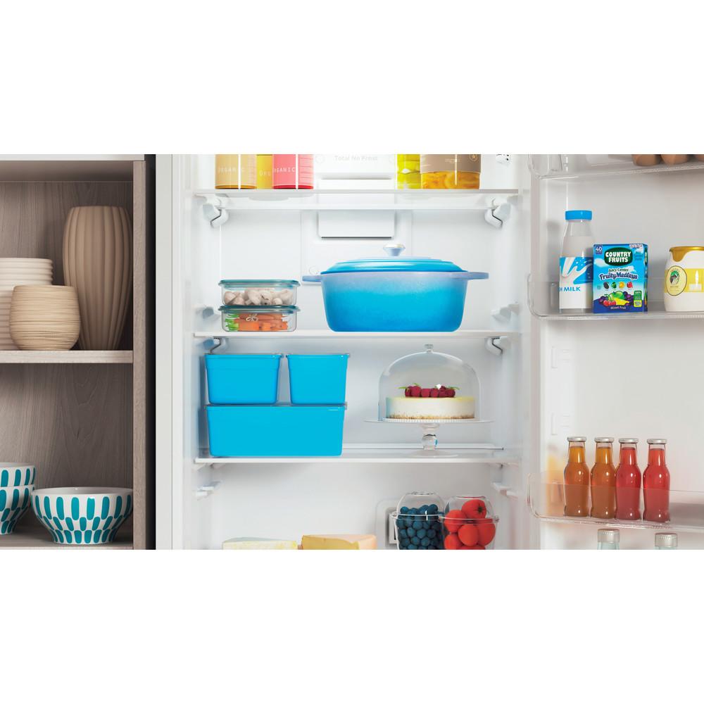 Indesit Холодильник с морозильной камерой Отдельностоящий ITS 4180 W Белый 2 doors Lifestyle detail