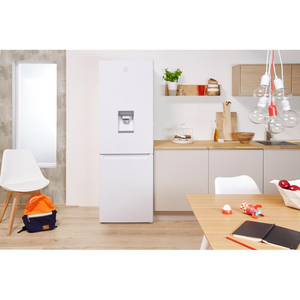 Indesit Комбиниран хладилник с камера Свободностоящи LR8 S1 W AQ Бял 2 врати Lifestyle frontal