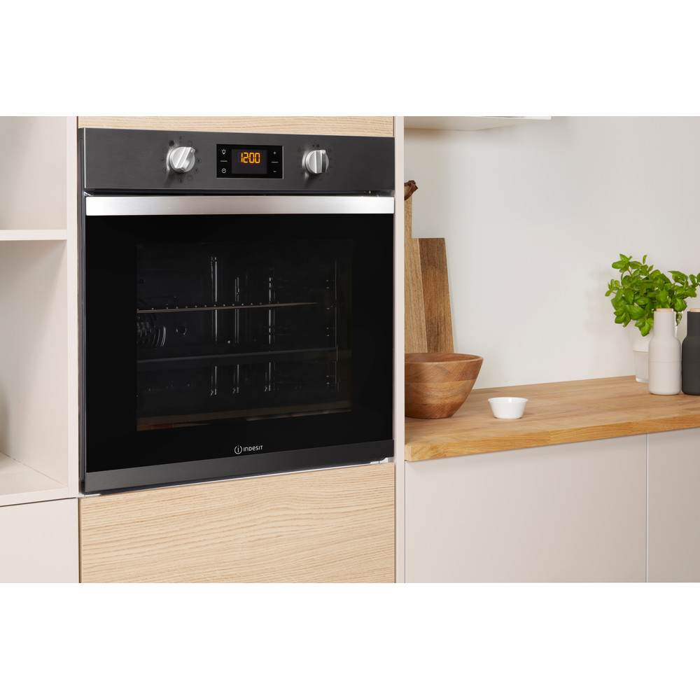 Indesit OVEN Built-in IFW 3841 P IX UK Electric A+ Lifestyle perspective