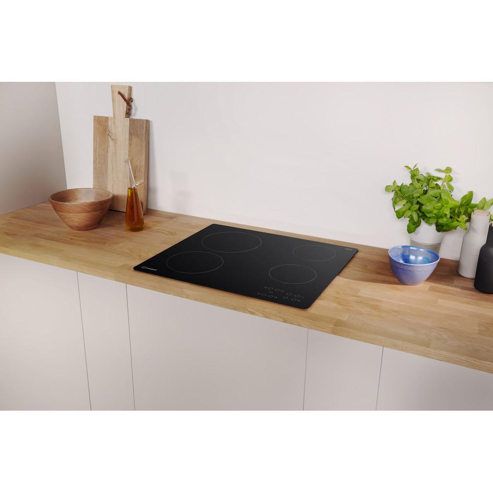 Indesit Table de cuisson RI 161 C Noir Radiant vitroceramic Lifestyle perspective