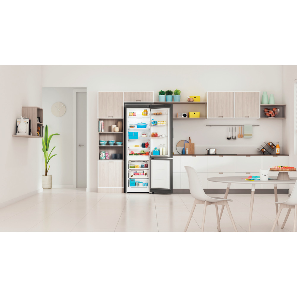 Indesit Холодильник с морозильной камерой Отдельно стоящий ITI 5201 S UA Серебристый 2 doors Lifestyle frontal open