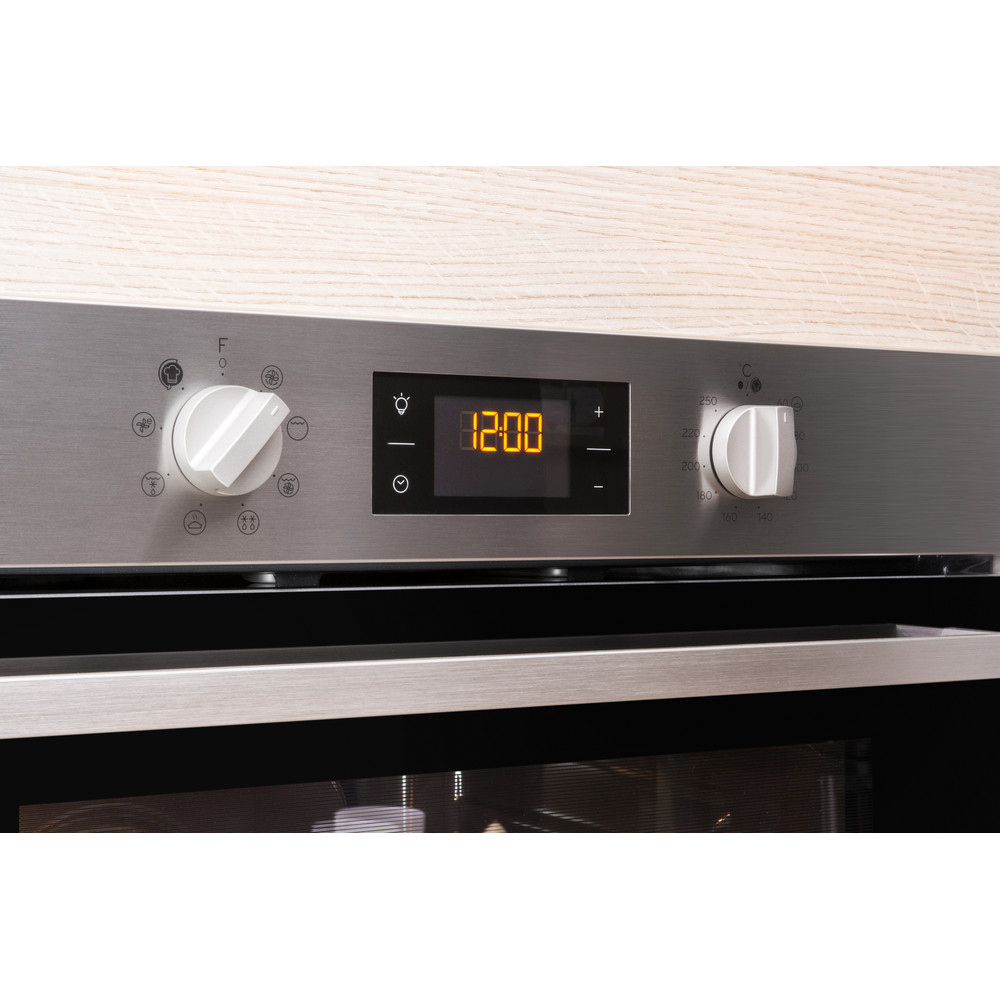 Indesit OVEN Built-in IFW 6340 IX UK Electric A Lifestyle control panel