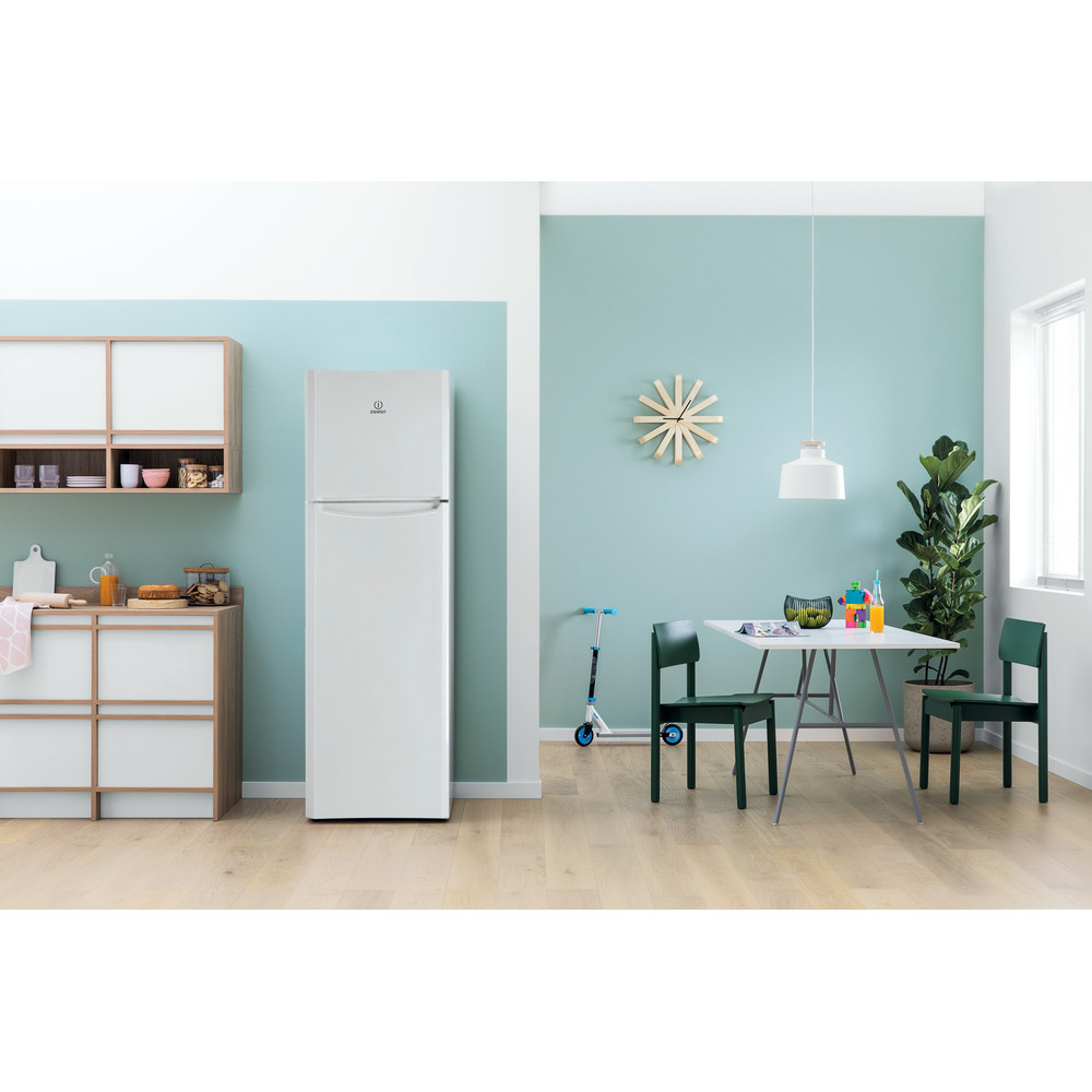 Indesit Combinado Livre Instalação TIAA 12 (1) Branco 2 doors Lifestyle frontal