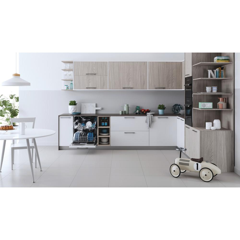 Indesit Посудомоечная машина Встраиваемый DIE 2B19 Full-integrated A Lifestyle frontal open