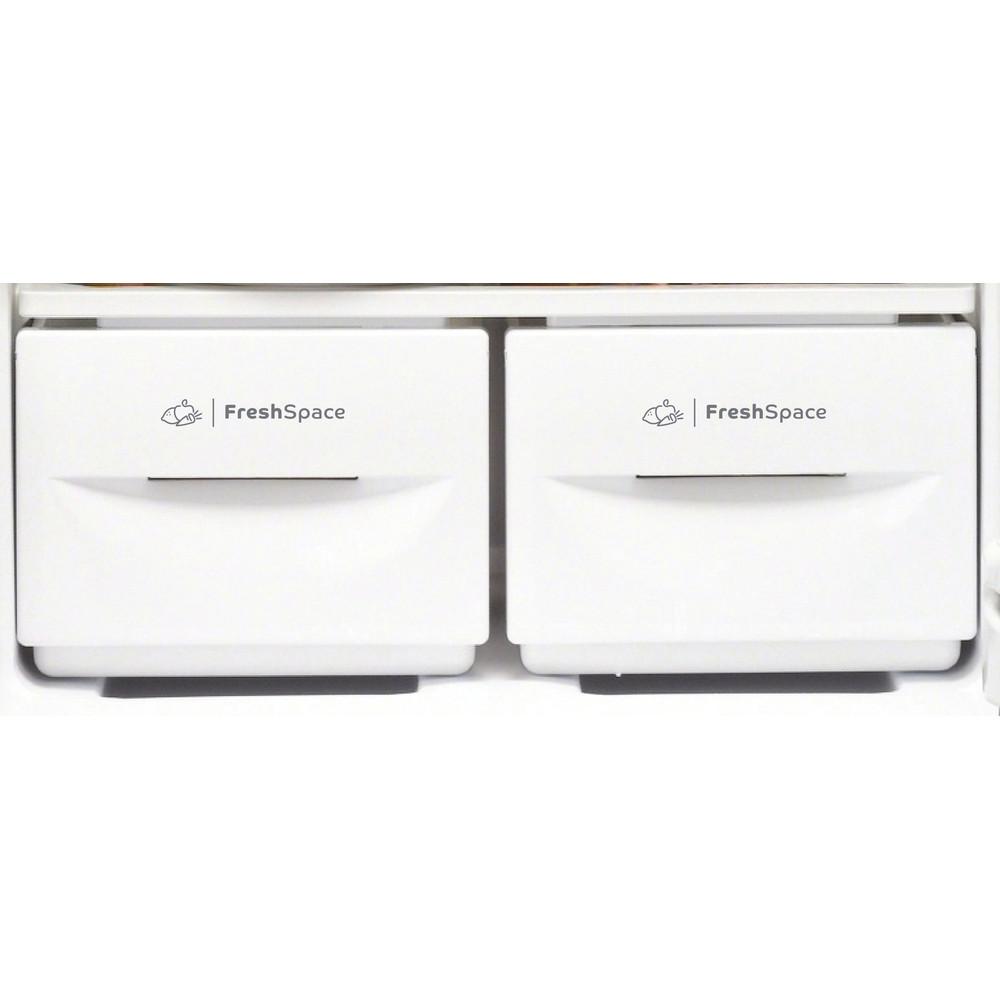 Indesit Fridge-Freezer Combination Free-standing IBD 5517 B UK 1 Black 2 doors Drawer