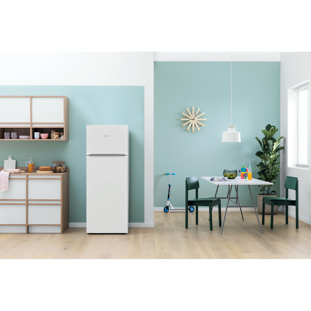 Indesit Kombinētais ledusskapis/saldētava Brīvi stāvošs I55TM 4110 W 1 Balts 2 doors Lifestyle frontal