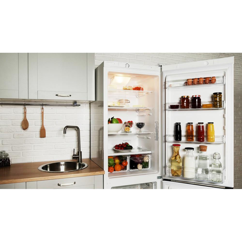 Indesit Холодильник с морозильной камерой Отдельностоящий DFN 20 Белый 2 doors Lifestyle perspective open