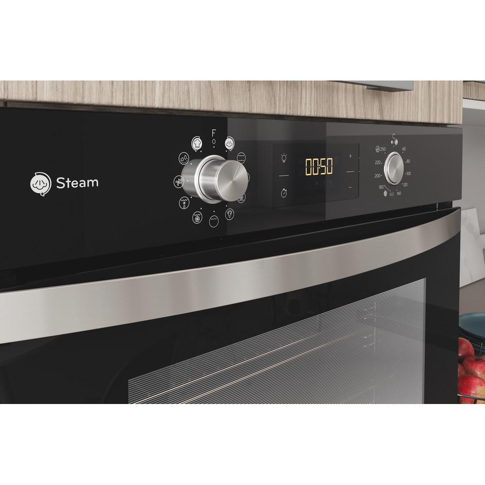 Indesit Trouba Vestavné IFWS 4841 JH BL Elektrický A+ Lifestyle control panel