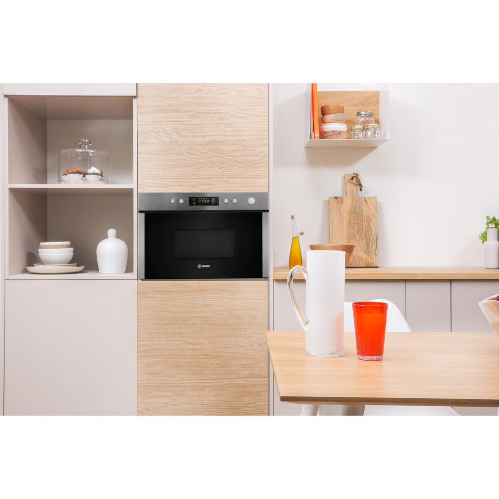Indesit Microwave Built-in MWI 5213 IX UK Inox Electronic 22 MW+Grill function 750 Lifestyle frontal