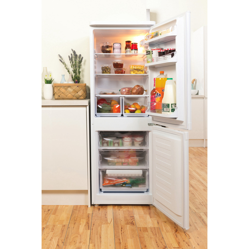 Indesit Fridge Freezer Free-standing IBD 5515 W 1 White 2 doors Lifestyle frontal open