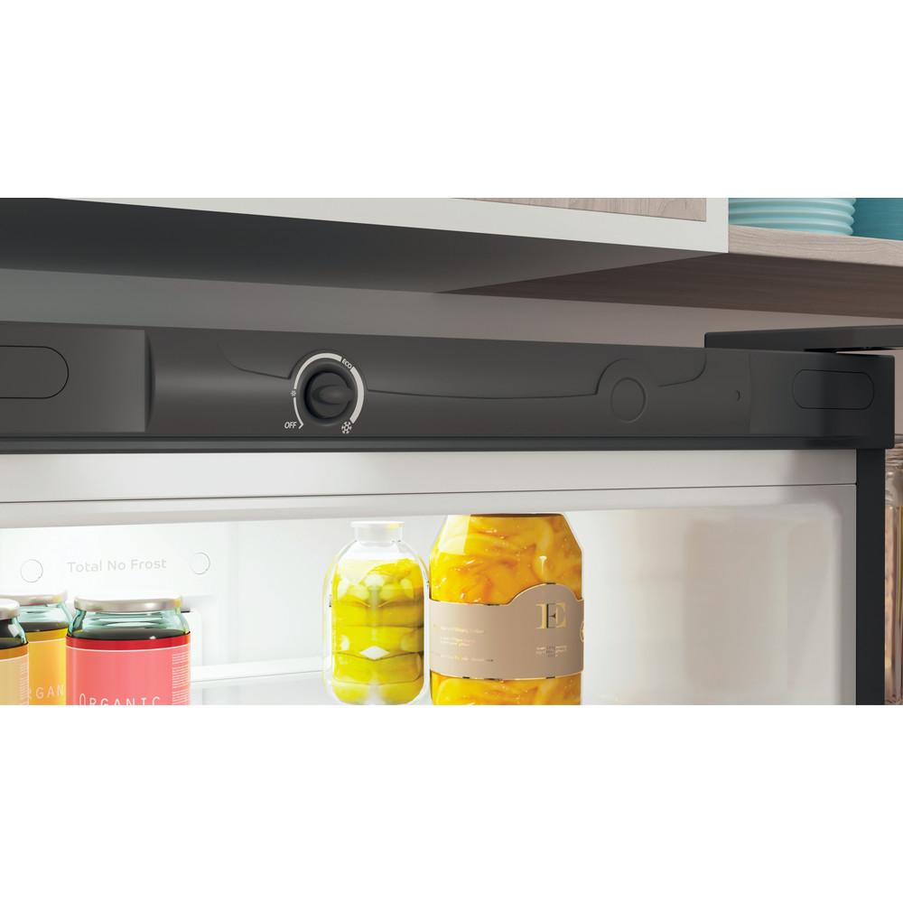 Indesit Холодильник с морозильной камерой Отдельностоящий ITR 4200 S Серебристый 2 doors Lifestyle control panel
