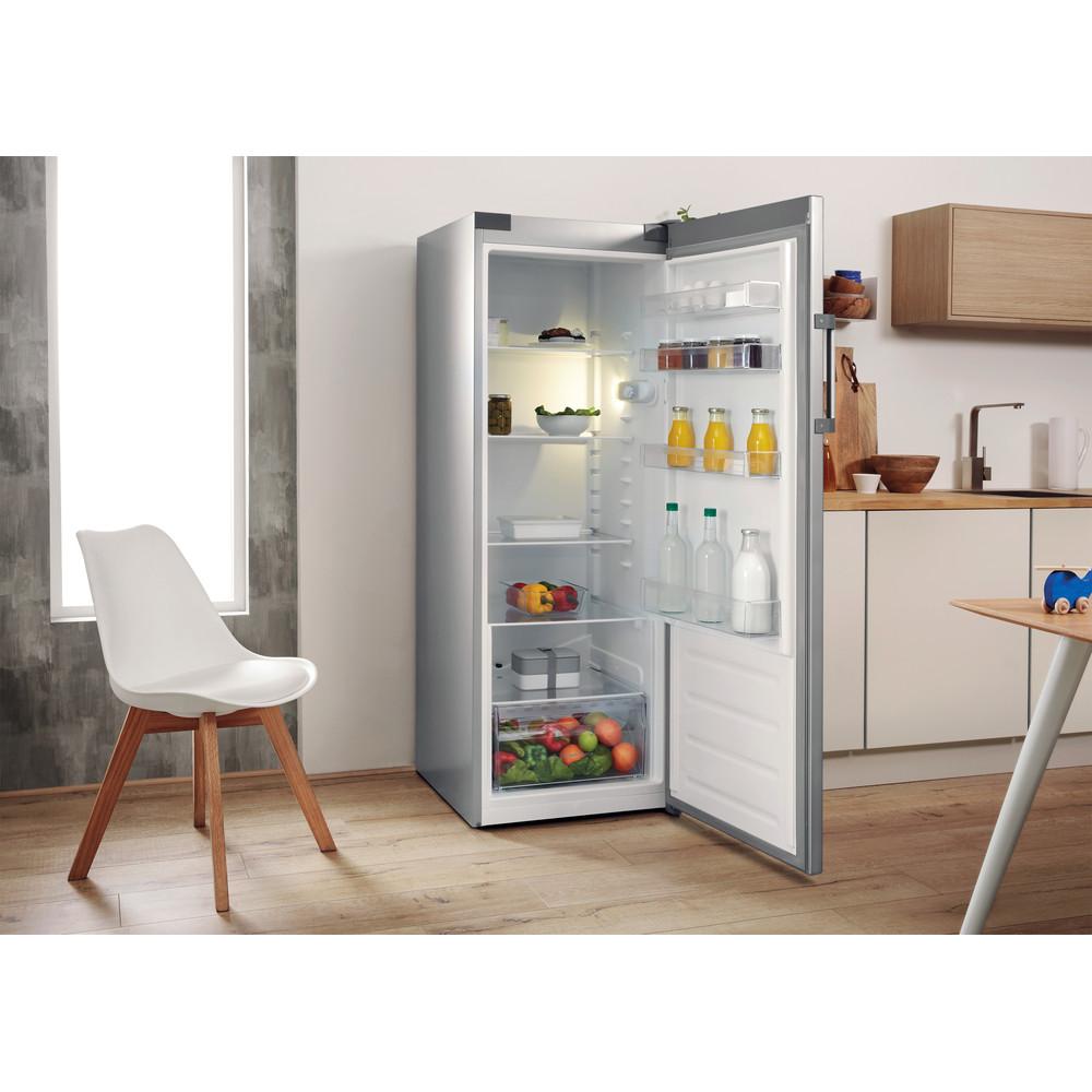 Indesit Kühlschrank Freistehend SI6 1 S Silber Lifestyle perspective open