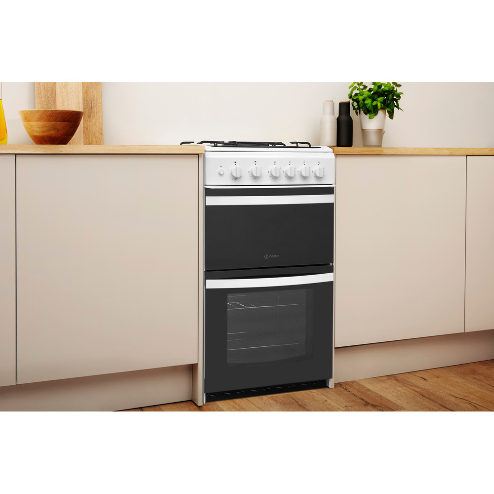 Indesit Double Cooker ID5G00KCW/UK White A+ Enamelled Sheetmetal Lifestyle perspective