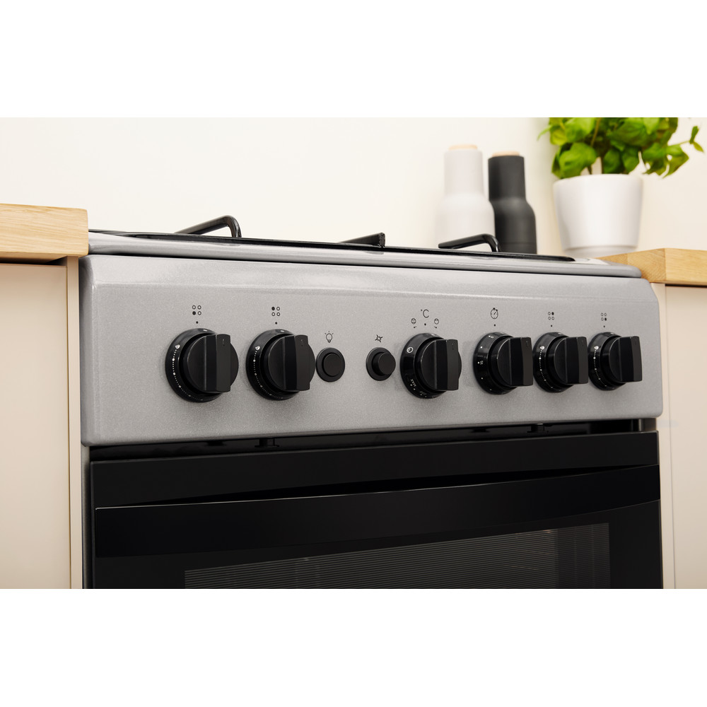 Indesit Cooker IS5G1PMSS/UK Silver painted GAS Lifestyle control panel