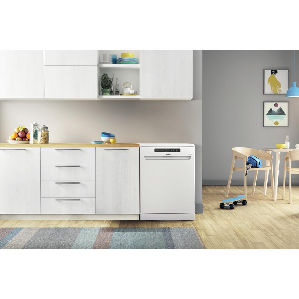 Indesit Lave-vaisselle Pose-libre DFC 2C24 A Pose-libre E Lifestyle frontal