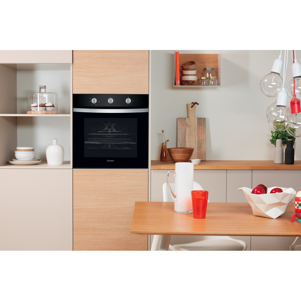 Indesit Forno Da incasso IFW 4534 H BL Elettrico A Lifestyle_Frontal
