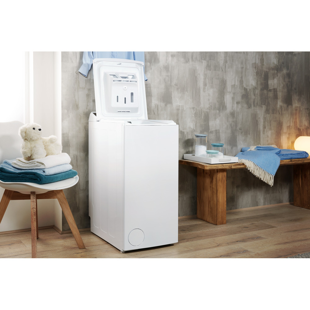 Indesit Пральна машина Соло BTW D71253 (EU) Білий Top loader A+++ Lifestyle perspective open