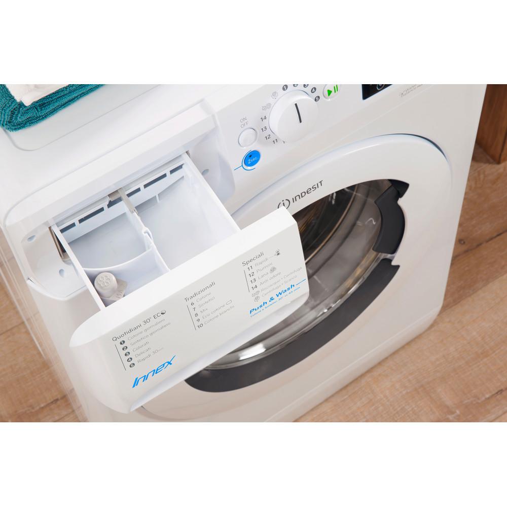 Indesit Lavabiancheria A libera installazione BWSE 71283X WWGG IT Bianco Carica frontale A+++ Drawer