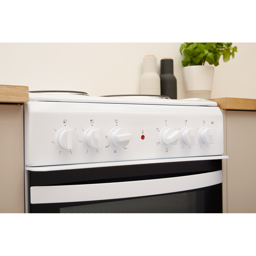 Indesit Cooker IS5E4KHW/UK White Electrical Lifestyle control panel