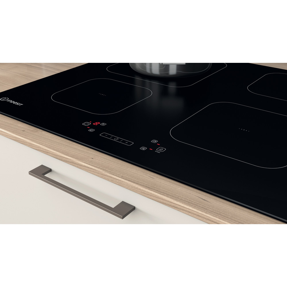 Indesit Spishäll IS 83Q60 NE Black Induction vitroceramic Lifestyle control panel