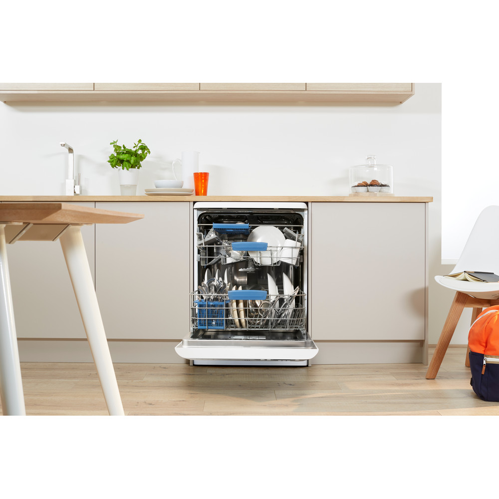 Indesit Dishwasher Free-standing DFP 58T96 Z UK Free-standing A Lifestyle frontal open