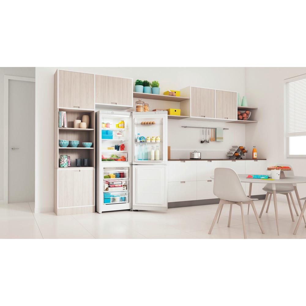 Indesit Холодильник с морозильной камерой Отдельностоящий ITS 4160 W Белый 2 doors Lifestyle perspective open
