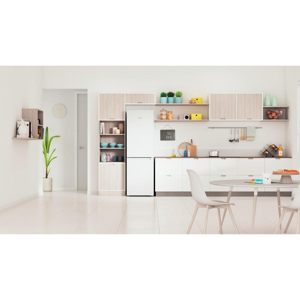Indesit Køleskab/fryser kombination Fritstående INFC8 TI21W Hvid 2 doors Lifestyle frontal