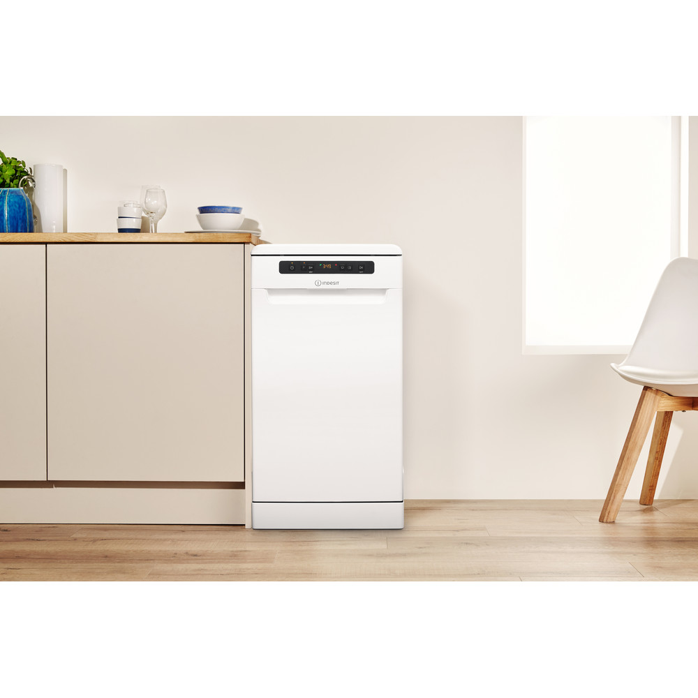 Indesit Посудомоечная машина Отдельностоящий DSFC 3M19 Отдельностоящий A Lifestyle frontal