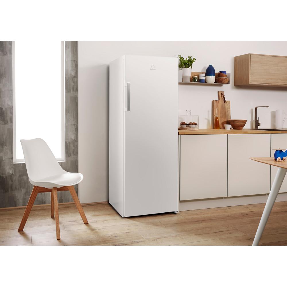 Indesit Réfrigérateur Pose-libre SI6 1 W Blanc Lifestyle perspective