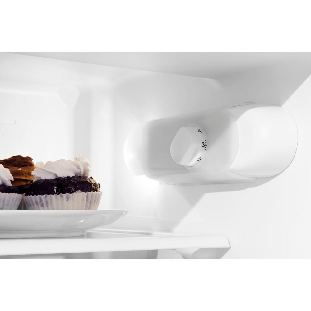 Indesit Combinazione Frigorifero/Congelatore Da incasso T 16 A1 D S/I Acciaio 2 porte Lifestyle control panel