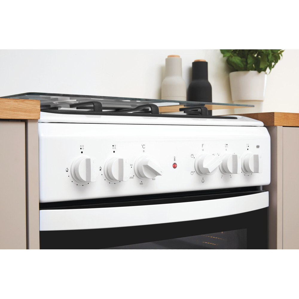 Indesit Готварска печка IS5M4KCW/E Бял Смесени Lifestyle control panel