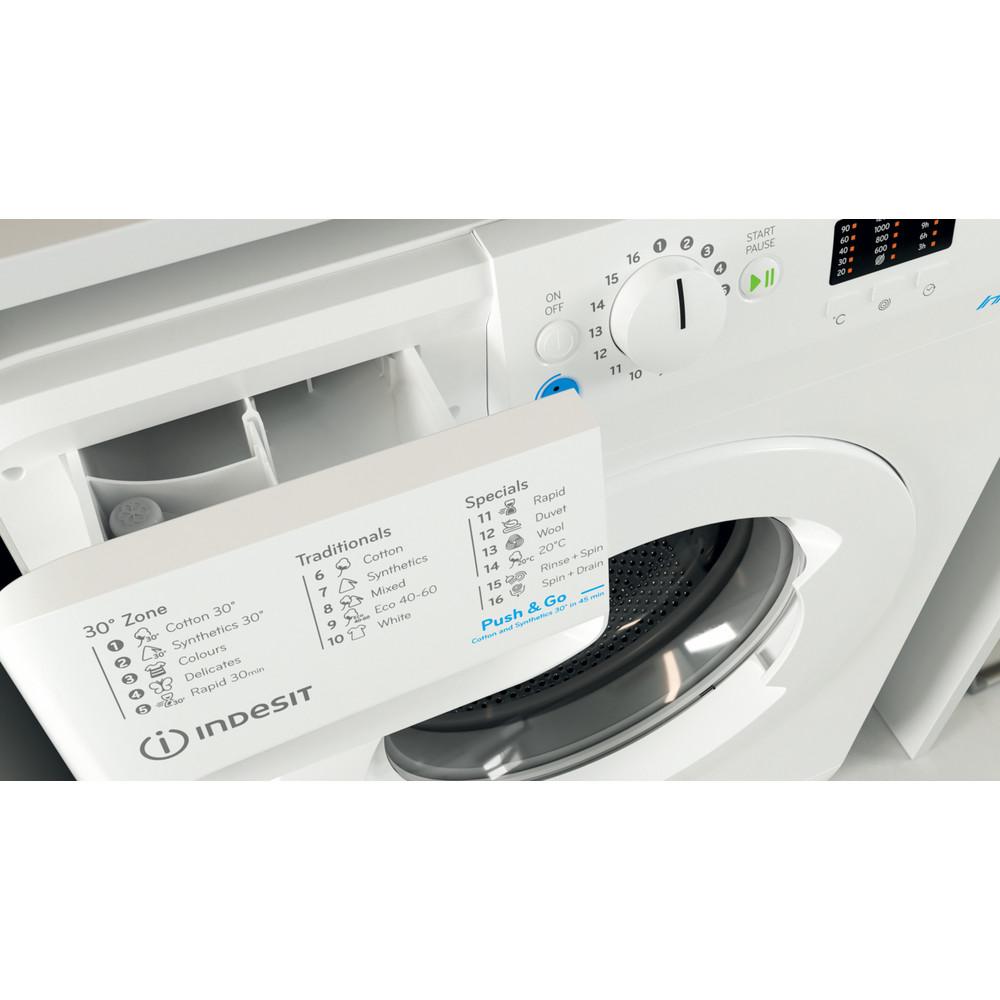 """""""Indesit"""" Skalbimo mašina Laisvai pastatoma BWSA 61251 W EE N Balta Pakraunama iš priekio F Drawer"""