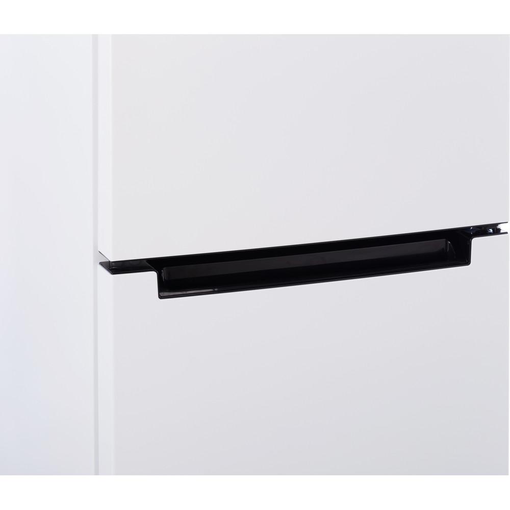Indesit Холодильник с морозильной камерой Отдельностоящий DFN 16 Белый 2 doors Lifestyle_Detail